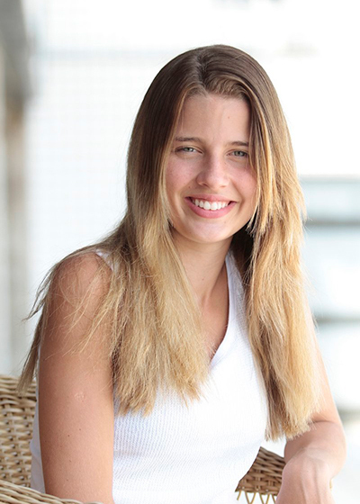 Debby Bezerra